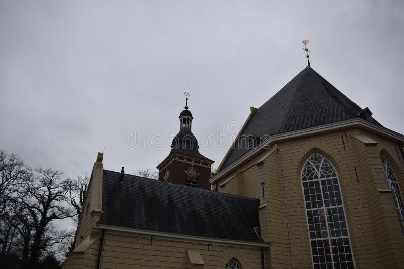 Vieille église hollandaise photographie stock libre de droits