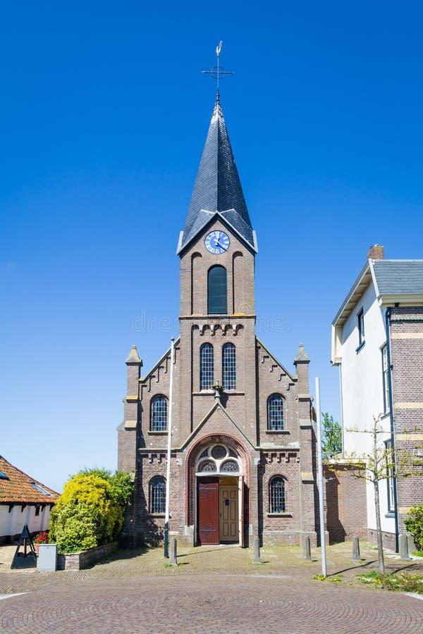 Vieille église Oudeschild de village sur l'île de Texel aux Pays-Bas images libres de droits