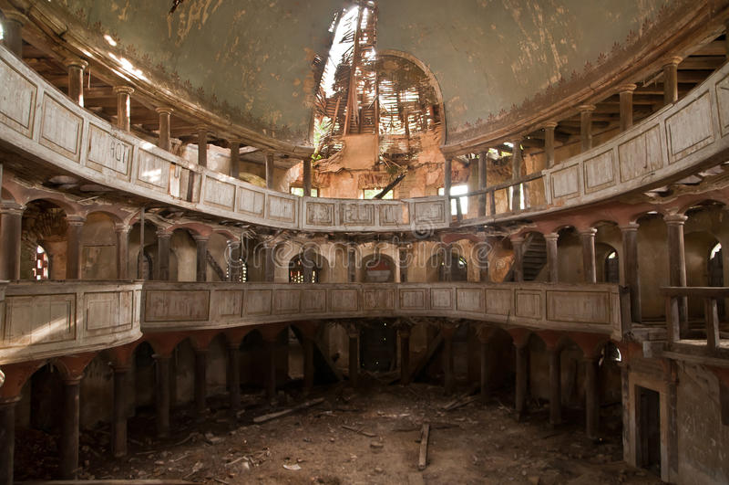 Vieille église protestante en Pologne photo stock