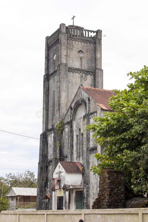Vieille église terne, Maroantsetra, Madagascar, images libres de droits
