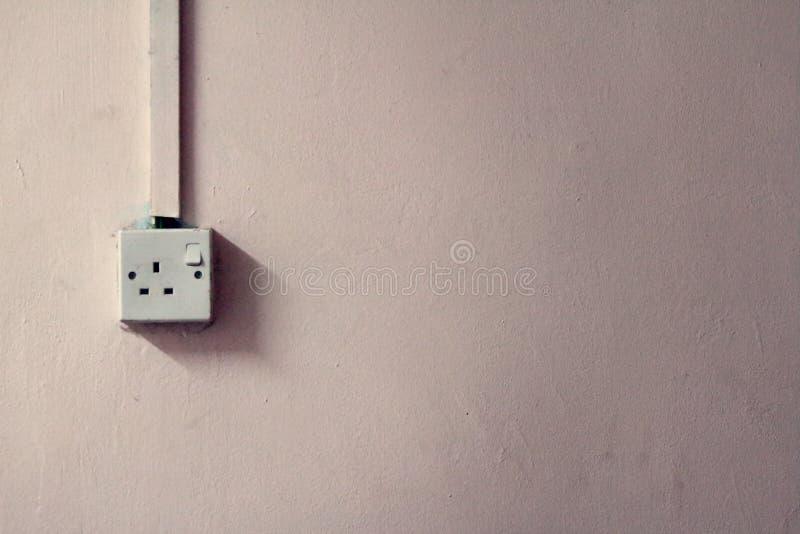 Vieille alimentation d'énergie de prise de douille de 13 ampères images stock