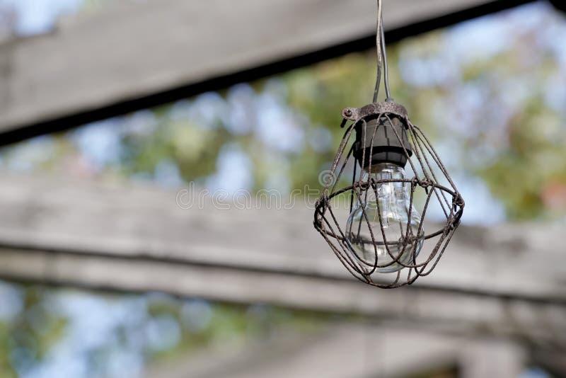 Vieille ampoule sale photographie stock