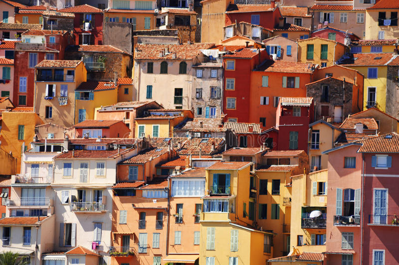 Vieille architecture de ville de Menton sur la Côte d'Azur photographie stock libre de droits