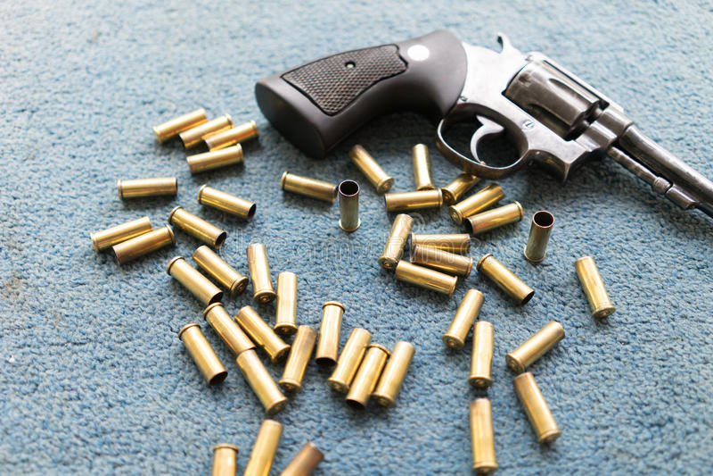 Vieille arme à feu de revolver image stock