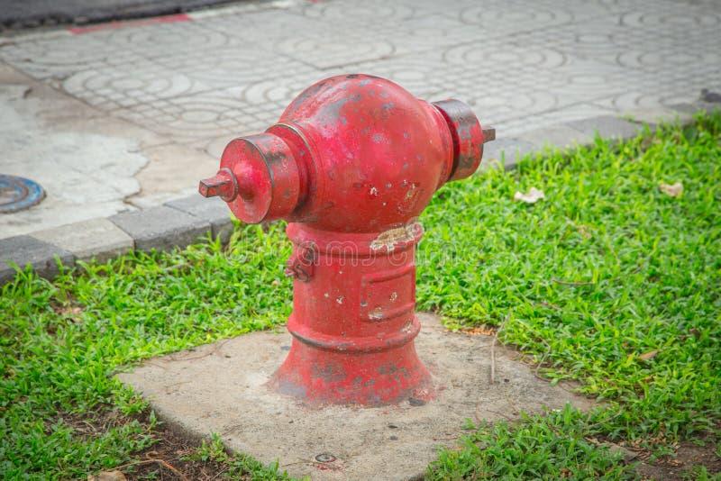Vieille bouche d'incendie image libre de droits