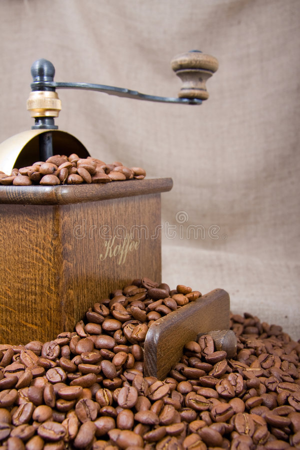 Vieille café-rectifieuse image stock