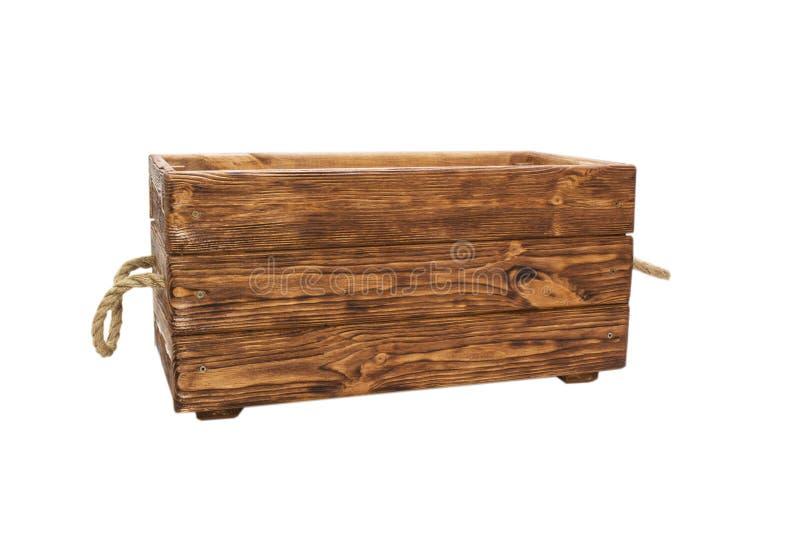 Vieille caisse en bois, poignées de corde D'isolement sur le fond blanc photographie stock