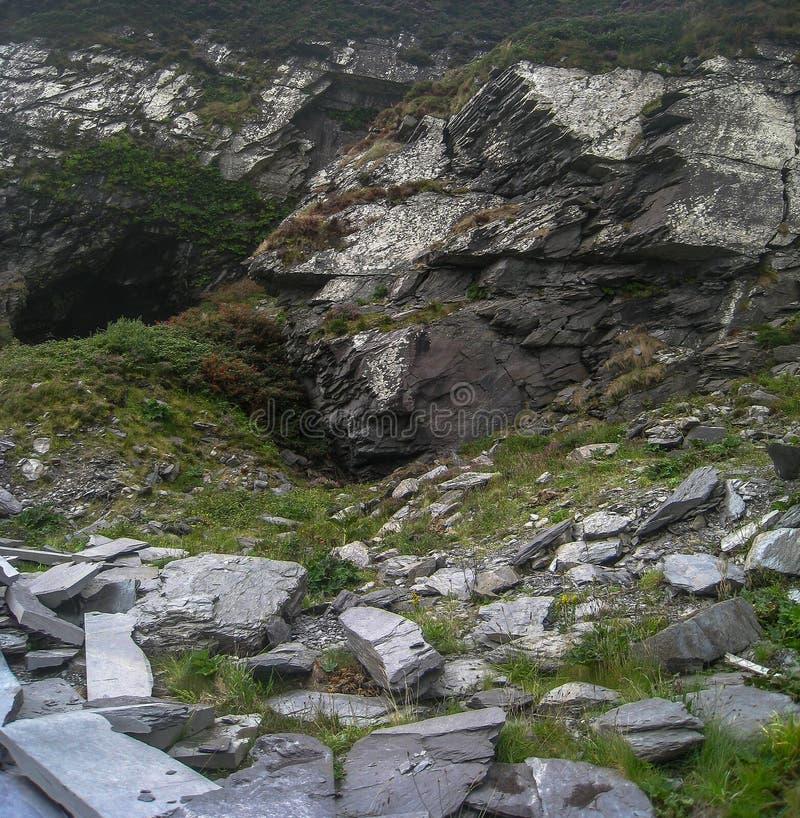 Vieille carrière d'ardoise, Valentia Island, manière atlantique sauvage photographie stock libre de droits