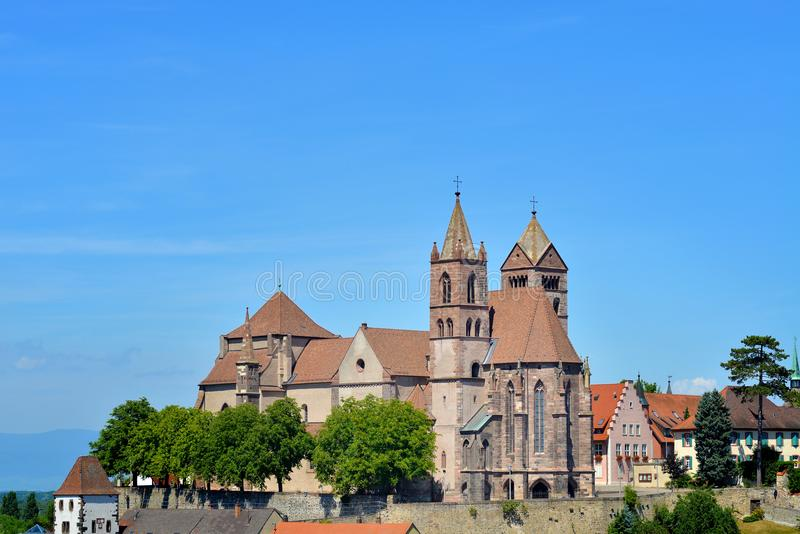 Vieille cathédrale dans Breisach, Allemagne photo libre de droits