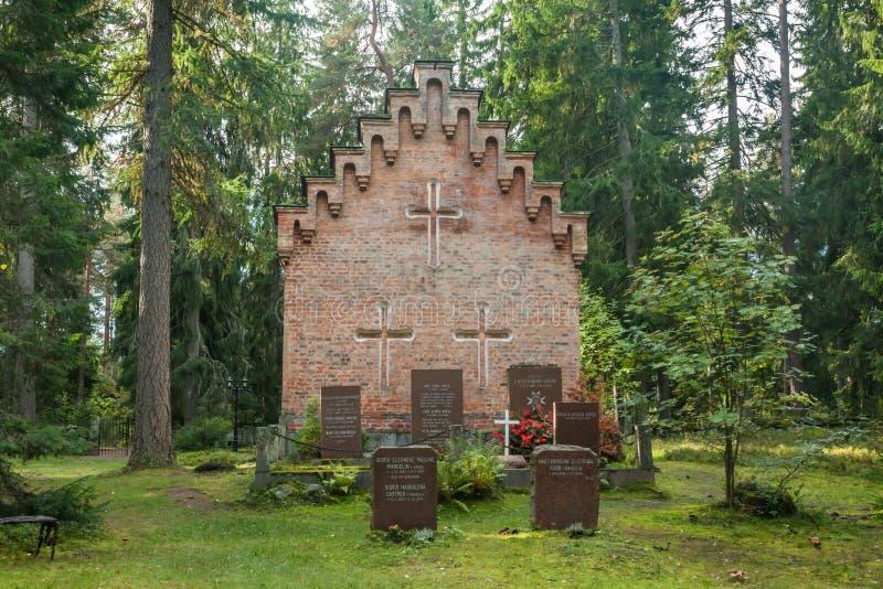 Vieille chapelle au cimetière de famille de Wrede 18 septembre 2018 - Anjala, Kouvola, Finlande image stock