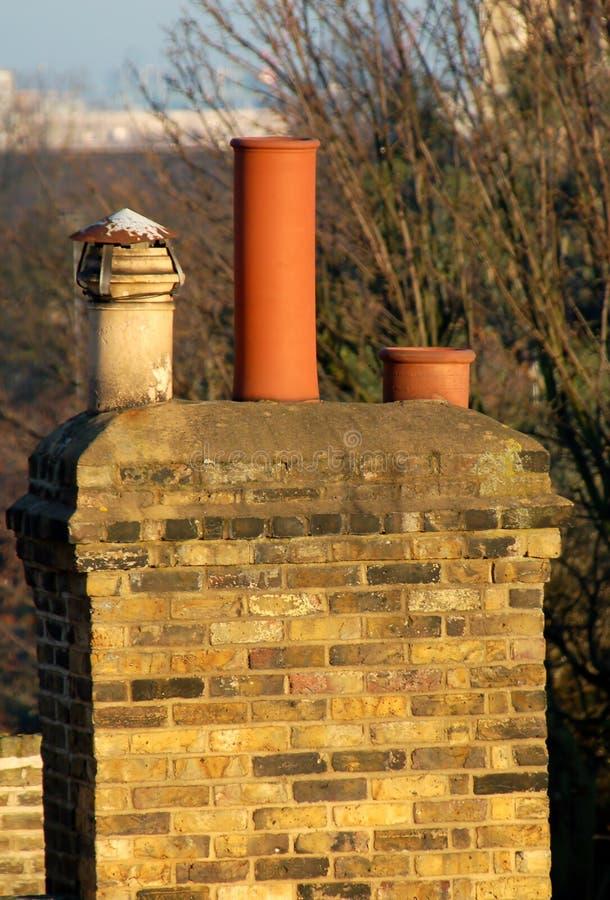 Vieille cheminée photographie stock