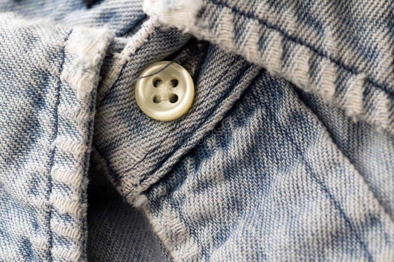 Vieille chemise utilisée de denim image libre de droits