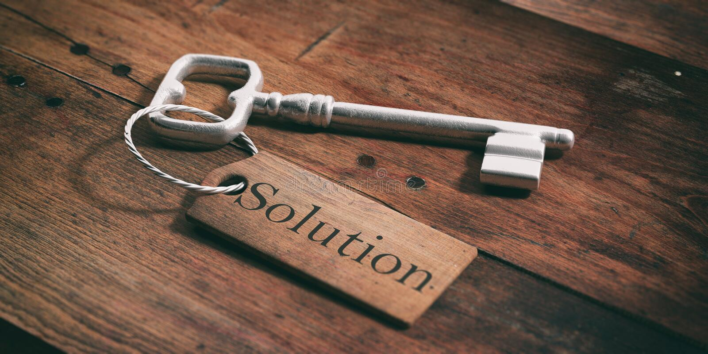 Vieille clé avec la solution d'étiquette sur un fond en bois illustration 3D illustration libre de droits