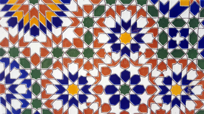 Vieille conception marocaine de mur photo stock