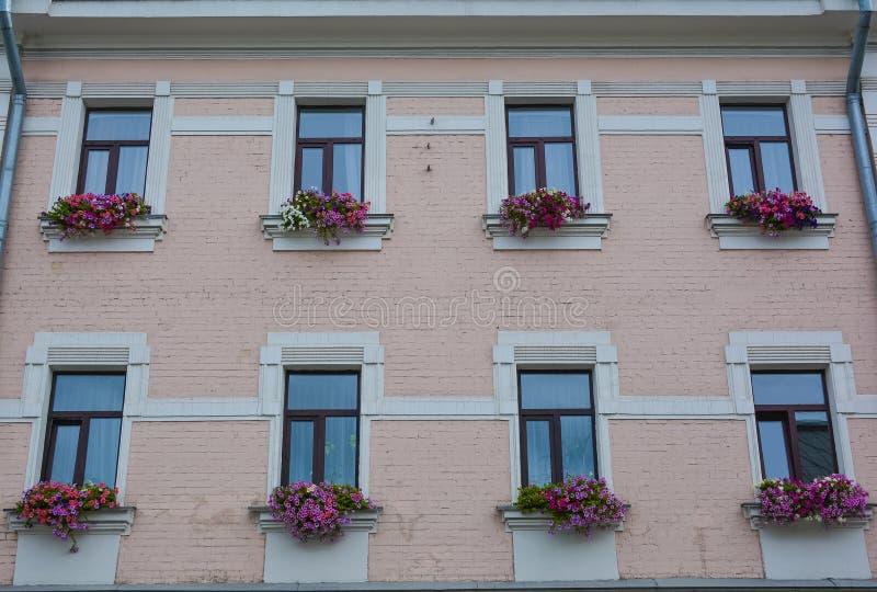 Download Vieille construction photo stock. Image du architecture - 76087006