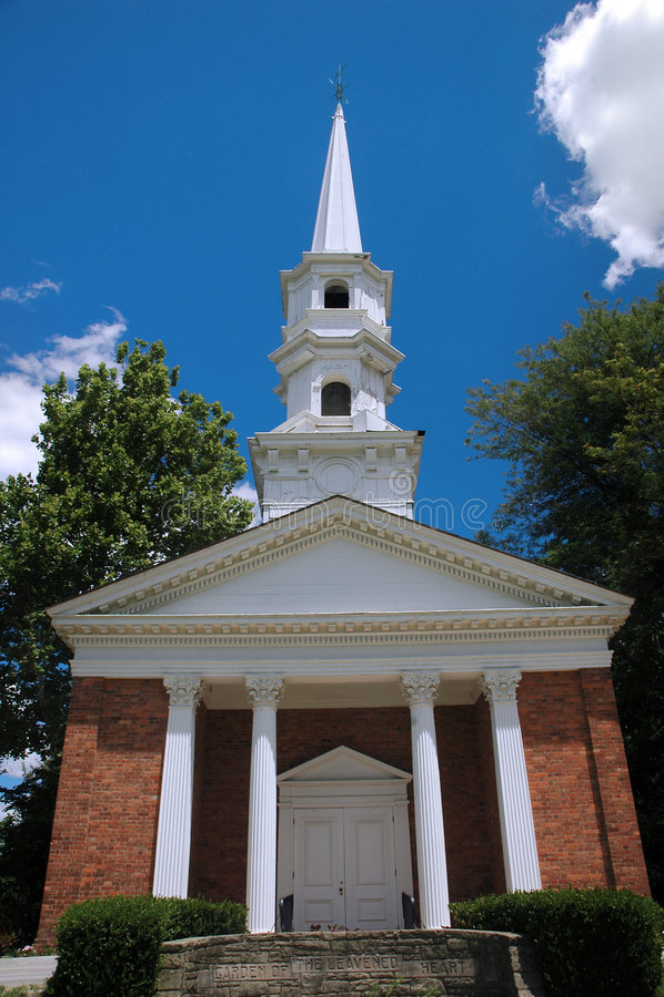 Vieille construction de chapelle photos stock