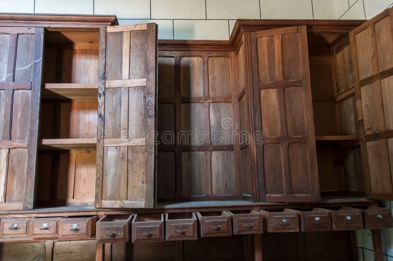 Vieille et abandonnée chapelle photos stock