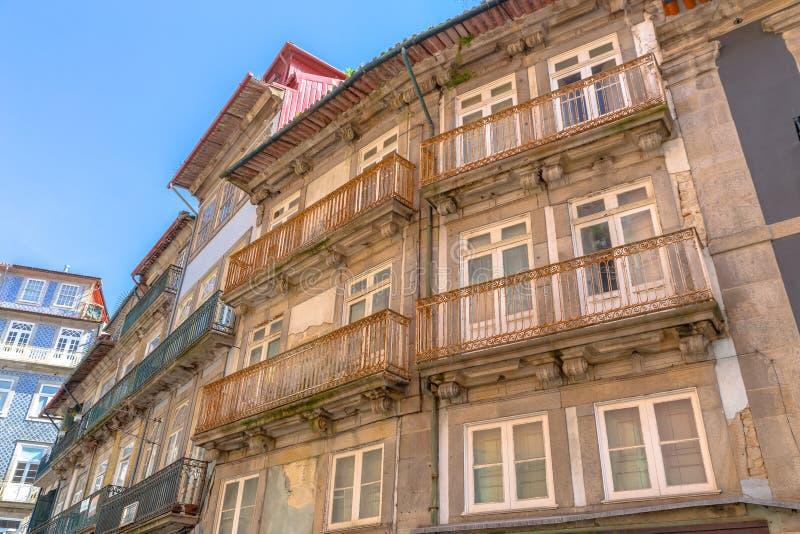 Download Vieille façade de Porto photo stock. Image du portugal - 56480462