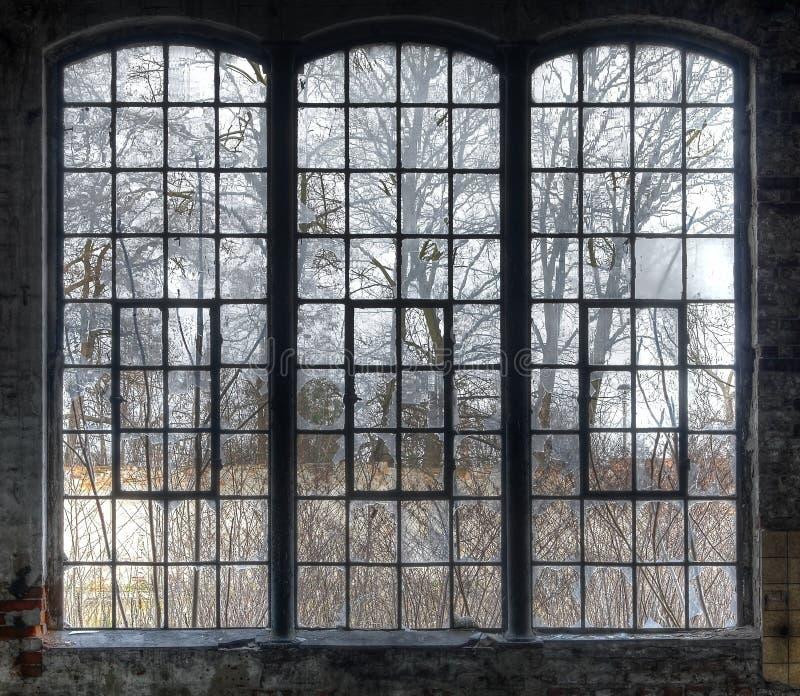Vieille fenêtre images stock