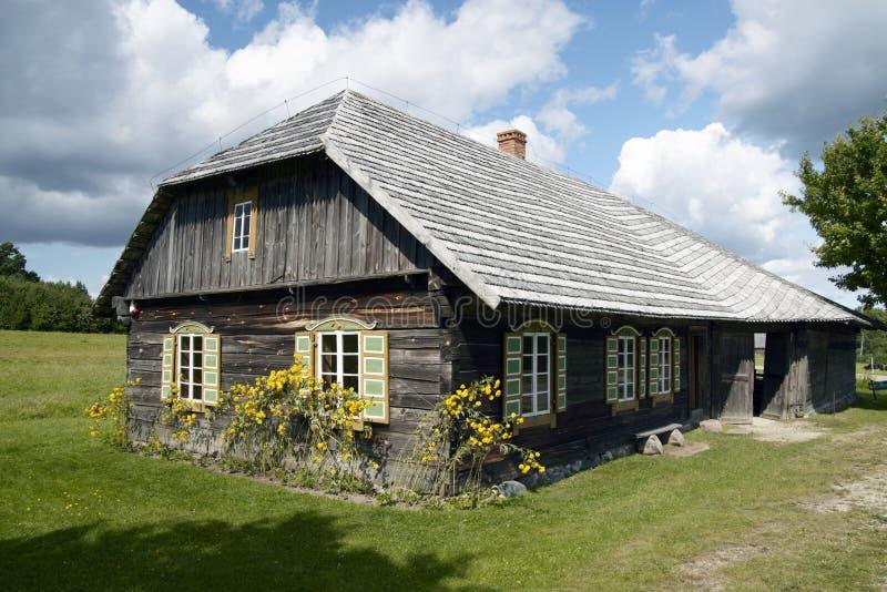 Vieille ferme dans le Musée National lithuanien photographie stock
