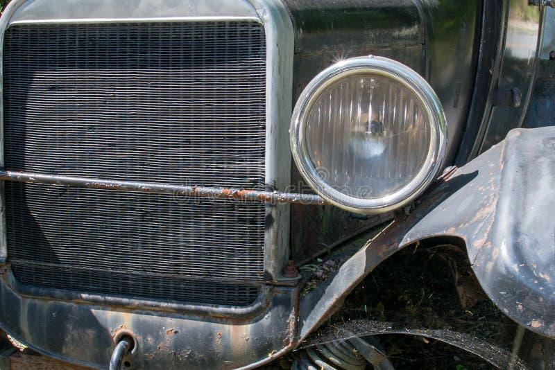 Vieille fin rouillée de détail de voiture  photo libre de droits