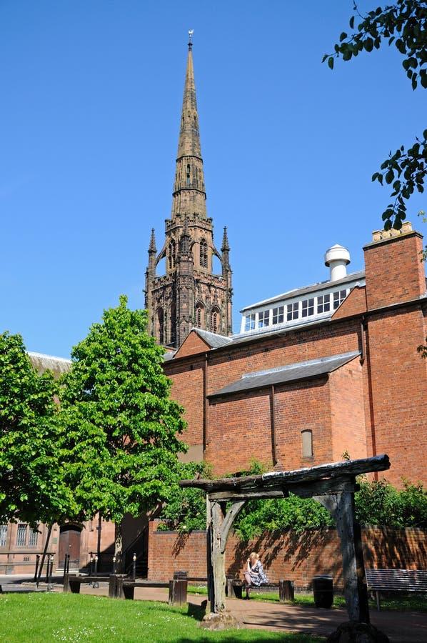Vieille flèche de cathédrale, Coventry photographie stock libre de droits