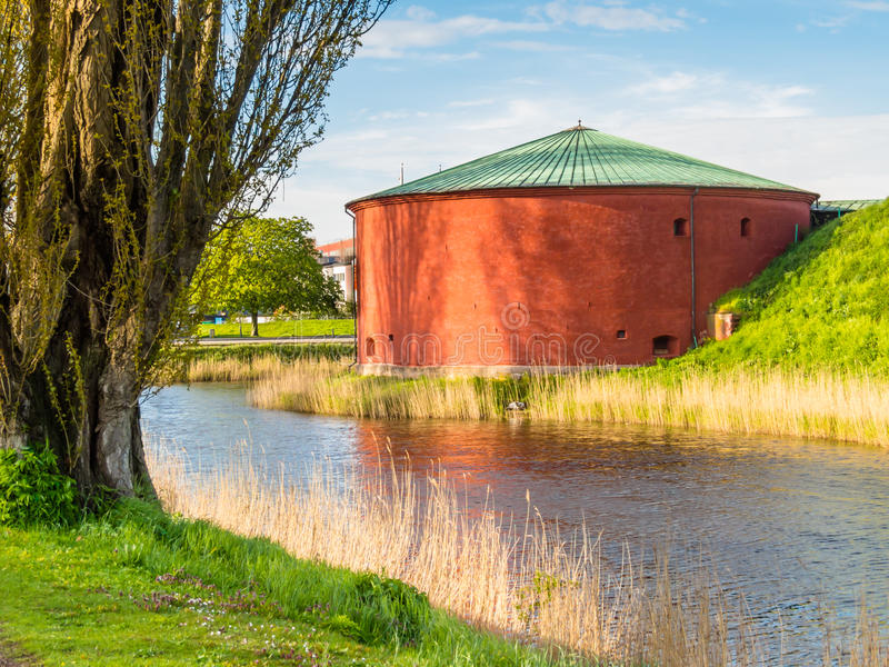 Vieille forteresse dans la vieille partie de Malmö, Suède images stock
