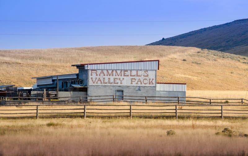 Vieille grange fonctionnante en Idaho Etats-Unis image stock