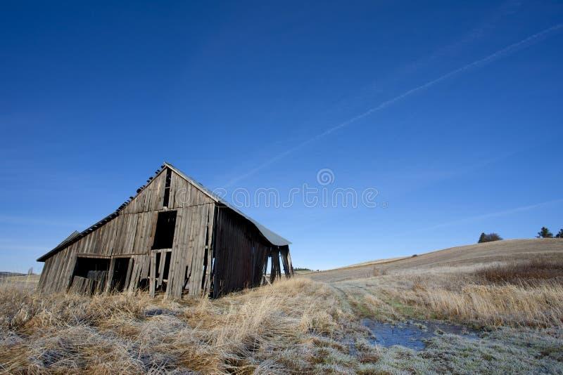 Vieille grange usée sur le palouse. image libre de droits