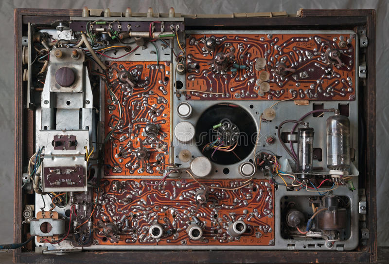 Vieille lampe soviétique TV d'intérieurs image stock