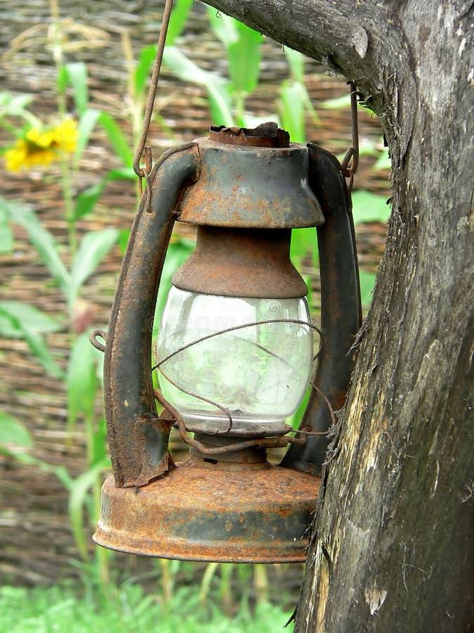 Vieille lampe utilisée photographie stock