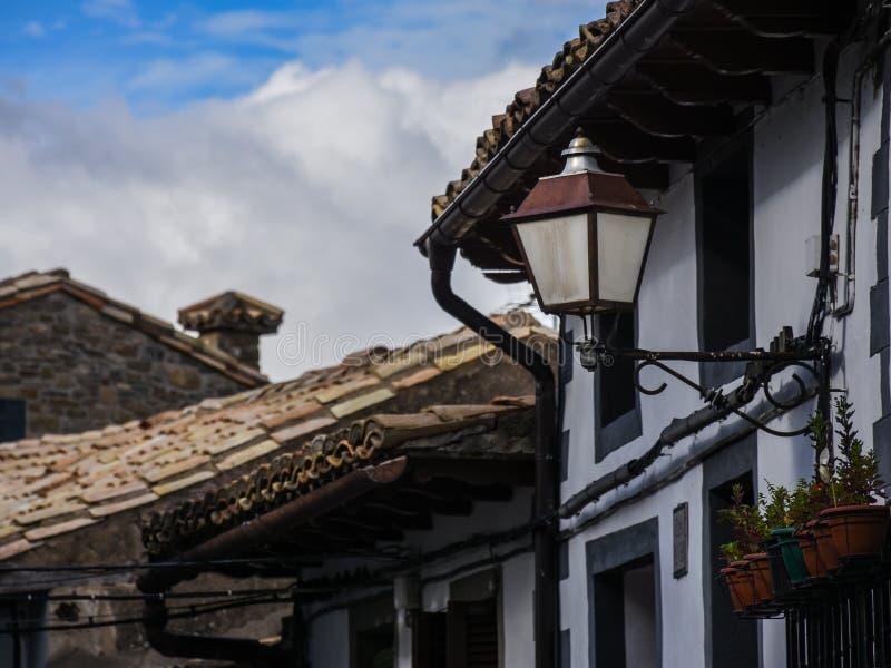 Vieille lanterne en Espagne photographie stock libre de droits