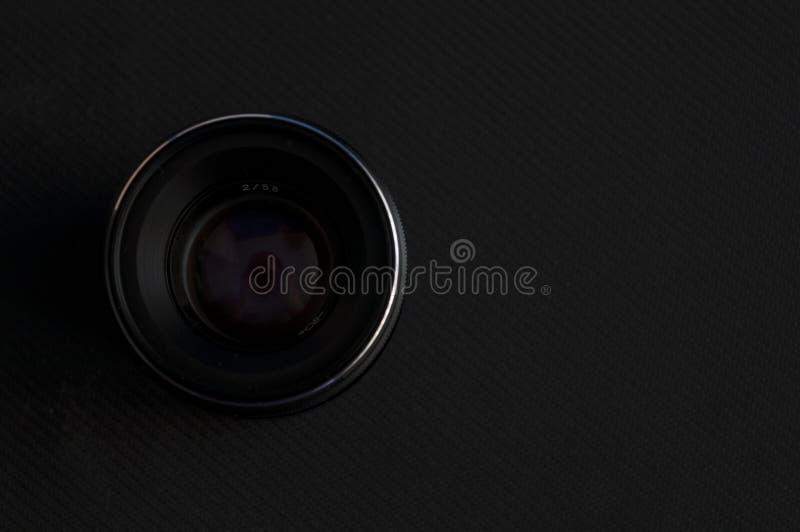Vieille lentille antique de caméra de film photographie stock libre de droits