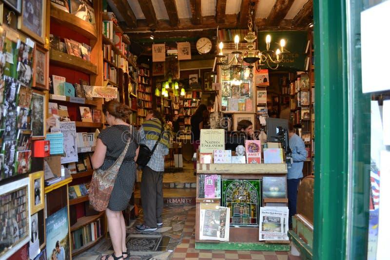 Vieille librairie d'occasion image libre de droits