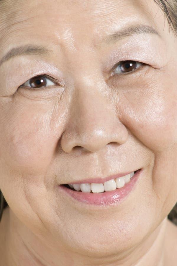 Vieille Madame asiatique images stock