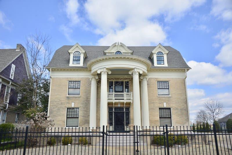 Vieille maison anglaise Jackson, Tennessee de style photographie stock