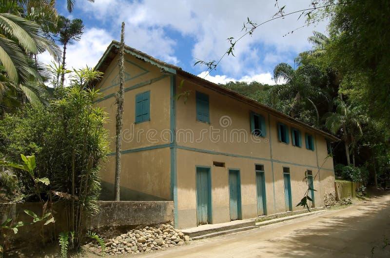 Vieille maison coloniale image stock