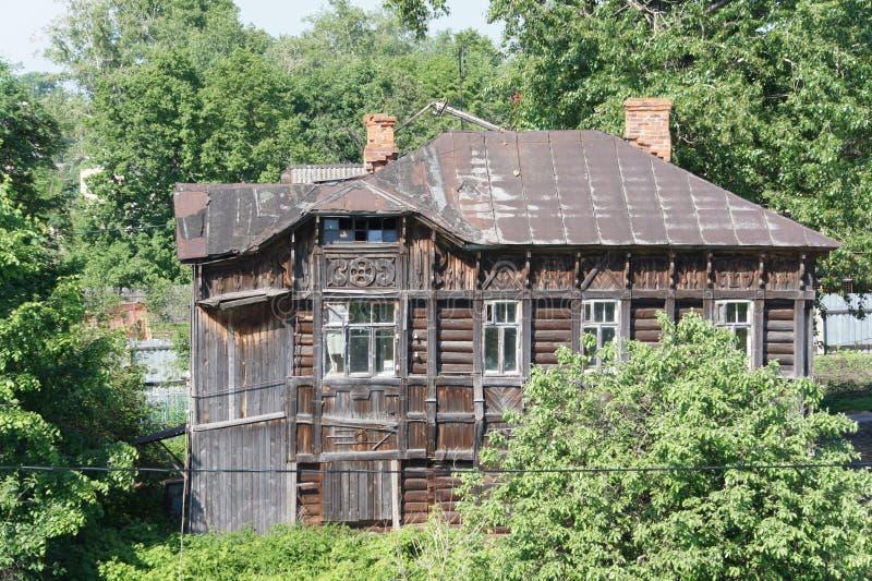 Download Vieille Maison En Bois Dans La Ville De Rostov Le Grand Image stock - Image du wooden, ville: 87709355