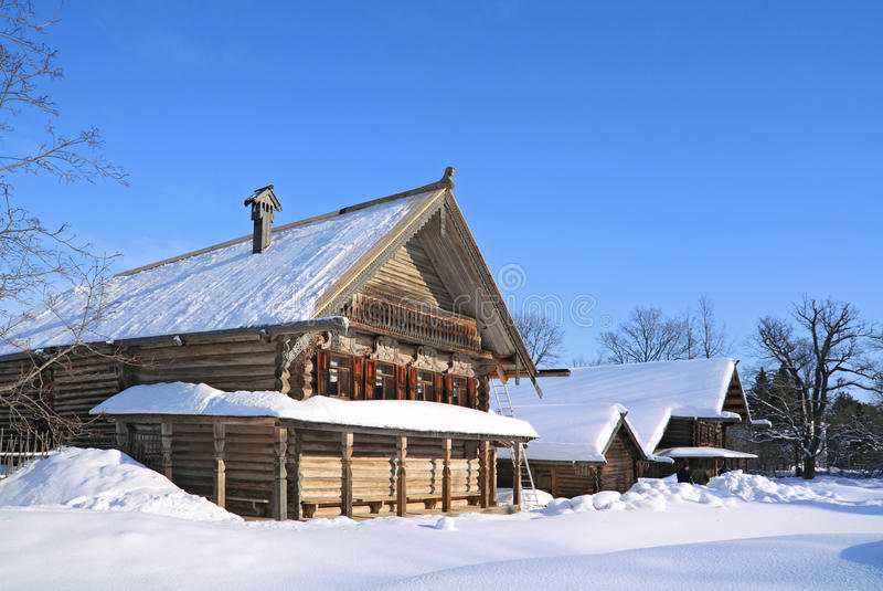 Vieille maison en bois i image libre de droits