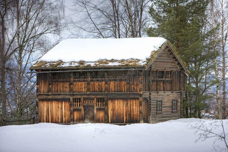 Vieille maison en Norvège image libre de droits