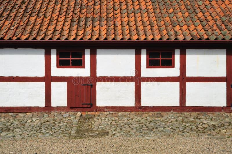 Vieille maison suédoise images stock