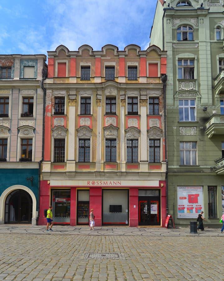 Vieille maison sur la place du marché dans Swidnica image libre de droits