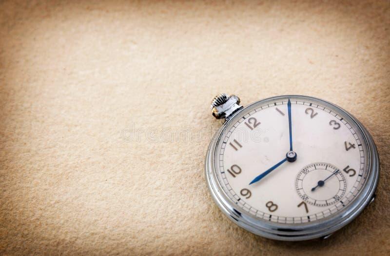 Vieille montre de poche image stock