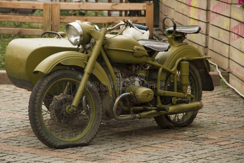 vieille moto russe militaire photo stock image du bullet cordon 33009506. Black Bedroom Furniture Sets. Home Design Ideas