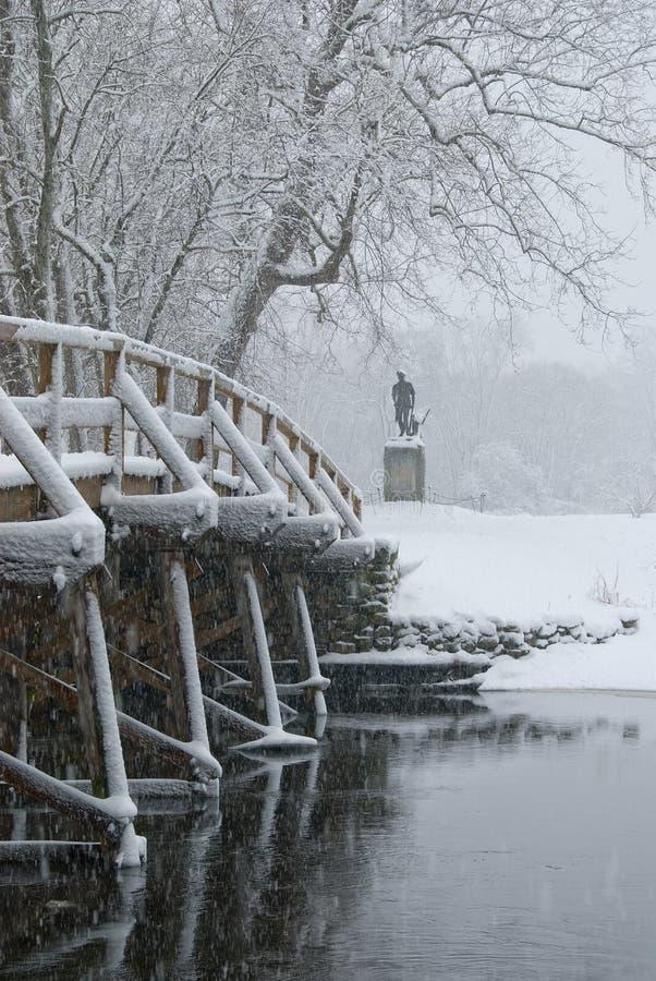 Vieille passerelle du nord dans la neige photo libre de droits