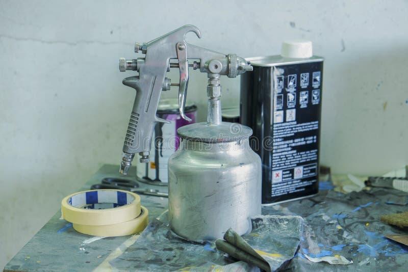 Vieille peinture de jet d'arme à feu (DOF) photographie stock libre de droits