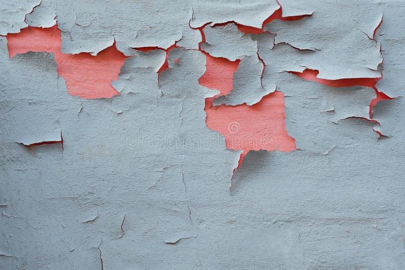 Vieille peinture grise avec la peinture rose dessous photos stock