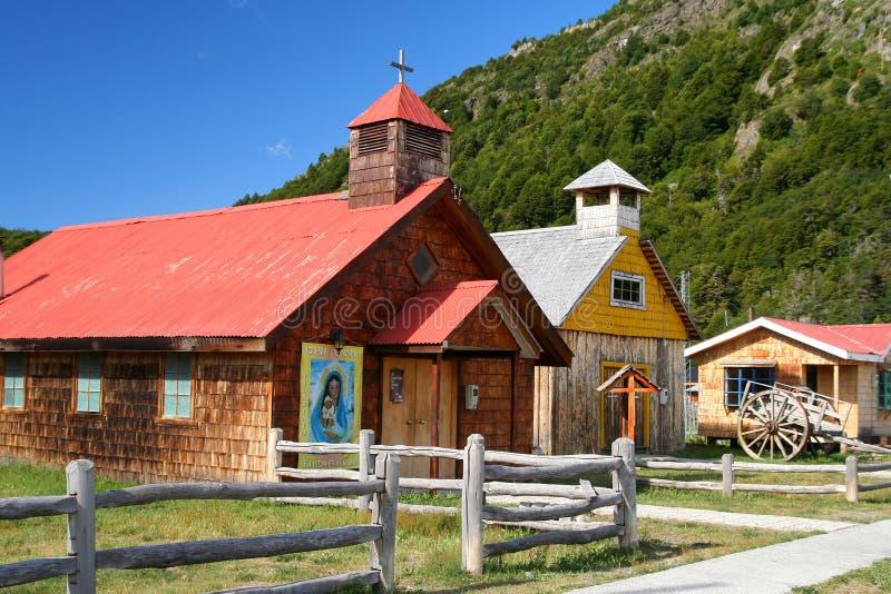 Vieille petite église photographie stock