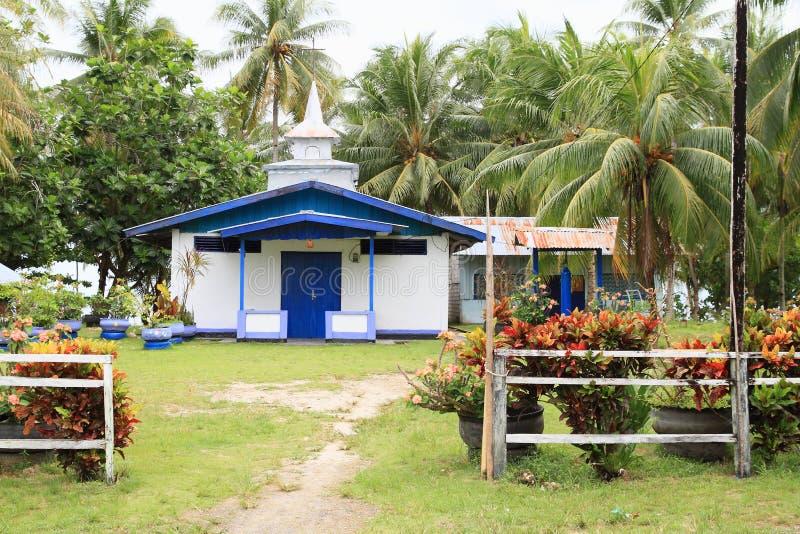 Vieille petite église luthérienne dans Manokwari photographie stock libre de droits