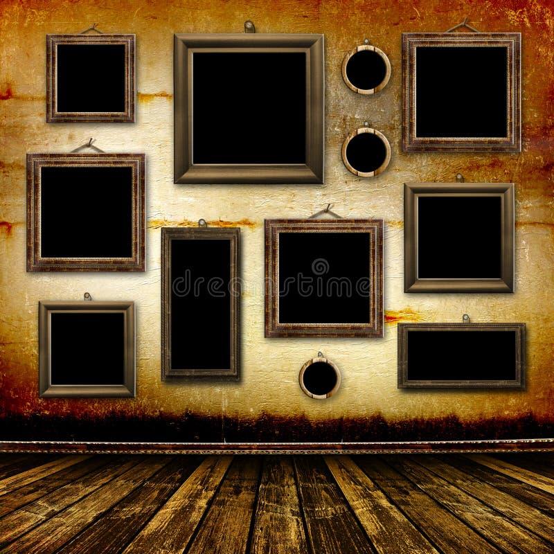 Vieille pièce, intérieur grunge avec des trames photos libres de droits